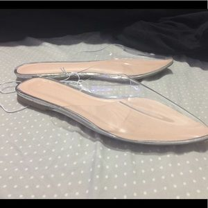 Pointy clear Flats